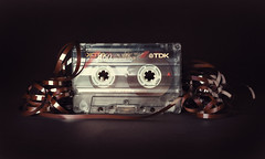 Low Noise (Old Technology) (Alberto Nez Photography) Tags: old music art canon 50mm technology pop retro nostalgia sound musica nostalgic transparent noise 80 cinta audio casette antiguo cultura tdk transparente translucid enredo caset ladoa
