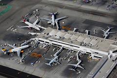 LAX Terminal 2 (Mark Harris photography) Tags: spotting aircraft plane aviation canon lax california losangeles