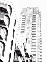 over exposed (plw1053) Tags: plw1053 paullgwells blackandwhite monochrome flickbar flickrbar alphabet challenge az londonstreets street architecture overexposed o buildings windows