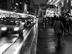 Not Kyoto I remembered (imnOthere0) Tags: kyoto tourist 2015 crowded japan bw blackandwhite monochrome streetview street candid snapshot vehicles people april