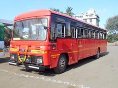here is the brand new EICHER bus of Miraj Depot (gouravshinde94) Tags: msrtc bus eicher parivartan sangli miraj