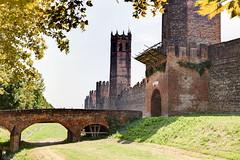 Montagnana(2) (tullio dainese) Tags: veneto montagnana italia italy mura wall walls