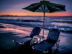 cozy summer night (claudia.kiel) Tags: griechenland greece kreta crete mittelmeer mediterraneansea mediterraneancolours rethymno strand beach sunsetmood dmmerung twilight meer ocean wellen waves brandung surge reflexion