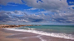 Palavas-les -flots (LILI 296 ...) Tags: mer eau bleu palavaslesflots ciel nuages t hrault cte cume