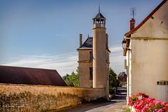 La tour de Montceaux l'Etoile ( Christian ...) Tags: canoneos5dmarkiii tour architecture 18me tamron tamronsp2470mmf28usdvcdi ciel pierre 18 m saneetloire france bourgognefranchecomt alchimie