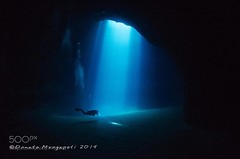 Into Darkness (DRoofing163) Tags: sea water blue light italy ocean black dark rays italia darkness underwater diving cave mare scuba acqua nero luce grotta raggi oscurit mediterranenan subaqcueo