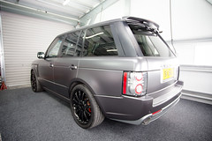 Range Rover Overfinch - Satin dark grey (DUP_Automotive) Tags: monsterwraps wrap wrapped wrapping satingrey satindarkgrey overfinch rangerover vogue ceramicpro southampton hampshire uk rangeroveruk