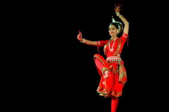 India - Rajasthan - Pushkar - Odissi Classical Temple Dance - 11d (asienman) Tags: india rajasthan pushkar odissiclassicaltempledance asienmanphotography asienmanphotoart
