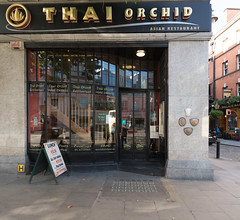 THAI ORCHID RESTAURANT [AT THE EDGE OF TEMPLE BAR]-121899 (infomatique) Tags: thairestaurant templebar dublin ireland eatingout infomatique 15mm wideanglelens