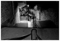 (HuronRompu) Tags: poitiers exakta zoom goutte pluie escalier