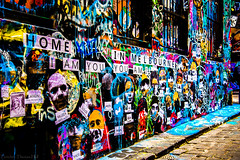 Melbourne art (Theresa Hall (teniche)) Tags: griffiti graffiti graffitti colour color walls artwork creative australia australia2016 melborneaustralia melbourne russellcharters theresahall theresa hall teniche photographer outdoor texture abstract homeinmelbourne iamyouyouami iamyou youami