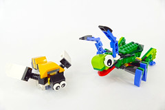 "Grasshopper and Bee - LEGO Creator Rainforest Animals 31031 Alternate Model (""grohl"") Tags: milan reindl creator insect alternate alternative animal rainforest grasshopper bee creature cute"
