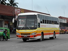 Golden Valley 110 (Monkey D. Luffy 2) Tags: bus hino grandeza mindanao enthusiasts philbes philippine philippines photography ecoland enthusiast society