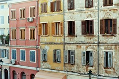 Rovigno, luglio 2016 (laura.effe) Tags: allaperto outdoor summer estate rovigo croazia rovinj vacanze holidays vista finestra view window casette