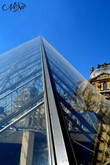 Reflet (neku.chou) Tags: paris louvre muse pyramide architecture modernit verre court napolon ieoh ming pei palais france nikon 5200 city ville