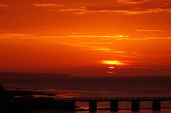 Geniee jeden Augenblick, denn jeder Augenblick ist dein Leben! (Knarfs1) Tags: portenbessin normandie normandy normande france frankreich sea sunset sonnenuntergang