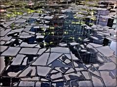 all'asciutto o quasi (tra le mie foto migliori) Tags: architecture ardesia floor riflessi reflections pavimento pietre acqua water fontana pzagaeaulenti geometry texture astratto abstract paolojeranphotographer