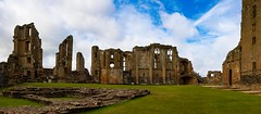 Kenilworth Castle Pano 3 (21mapple) Tags: panorama panoramic pano kenilworthcastle kenilworth castle canon750d canon canoneos750d canoneos clouds blue green grass ruins englishheritage england eh