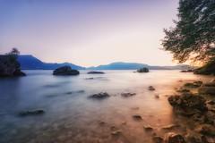 Sonnenaufgang am Gardasee (Joachim Behnke) Tags: sonnenaufgang italien gardasee sunrise langzeitbelichtung ndfilter nikond5300 sigma1020mm