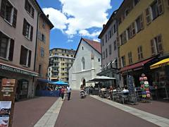 La Vieille Ville (AmyEAnderson) Tags: outdoor shops historic town annecy france europe rhonealps hautesavoie alps storefronts church people