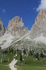 Bidonvia per Sassolungo, Dolomiti (Giorgio Pongiluppi) Tags: dolomiti sassolungo alpi