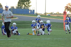 1242 (bubbaonthenet) Tags: 09292016 game stma community 4th grade youth football team 2 5 education tackle 4 blue vs 3 gold