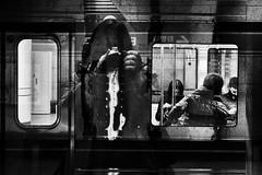 Ephemere 144 (lunecoree) Tags: coree korea black white noir et blanc canon 30d metro subway seoul monochrome flou surréaliste