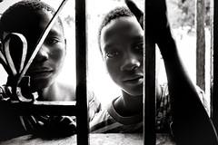 F4772 ~ Watching from outside... (Teresa Teixeira) Tags: guinbissau uno bijags school boys fluoridetherapy mundoasorrir dentalhealth oralhealth ongdmundoasorrir teresa teresateixeira