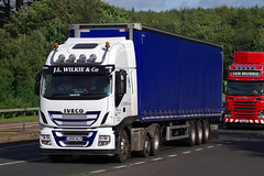 J L Wilkie of Aberargie, Perthshire,  Iveco Stralis Hi-way J500WLK on the A90, Dundee, 25/9/16 (andyflyer) Tags: aberargie ivecostralis iveco hiway j500wlk hgv lorry truck haulage transport roadtranport roadhaulage a90 jlwilkie