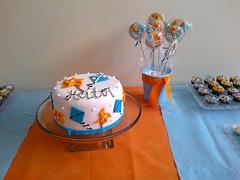 2014-11-22-1257 (Denise Chagas) Tags: pipa ch de beb babyshower azul e laranja biscoitos decorados bolo pasta americana