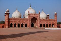 0W6A8165 (Liaqat Ali Vance) Tags: badshahi masjid mosque mughal architecture heritage architectural monument google lahore liaqat ali vance photography punjab pakistan yahoo tambler