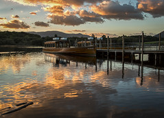 Boat at sunset (cricketlover18) Tags: cumbria lakedistrict sunset boat derwentwater keswick