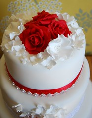 Vintage red rose wedding cake top view (Stephs cupcakes) Tags: weddingcake pearls fruitcake redroses diamante buttterflies vintageweddingcake threetierweddingcake picmonkey:app=editor