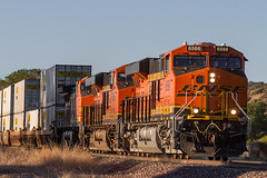 BNSF 6566 West (FelipeGarcia.) Tags: railroad arizona train rail bnsf trainspotting peavine railfanning burlingtonnorthernsantafe bnsfrailway yavapaicounty phoenixsub phoenixsubdivision railpicturesrejects