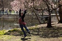 I believe I can fly (mingaraevadaria) Tags: park summer sun london garden spring shiny warm mood blossom may happyness summermod