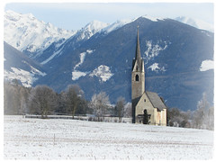 Dicembre ... ❤ (Augusta Onida) Tags: italy italia valleaurina altoadige montagna mountain neve snow dicembre decembre chiesa church inverno winter augustaonida