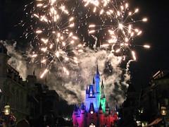 Magic Kingdom all-nighter (2) (Kanikoski) Tags: usa castle florida fireworks topv1111 disney magickingdom