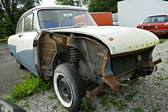 Ford P2 (vwcorrado89) Tags: bmw ford p2 taunus 17m 12m m 12 17 rust rusty wreck old car abandoned