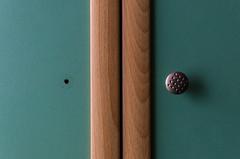 262/365 (goran1101) Tags: nikon d5100 nikkor 35mm symmetry geometry minimalism minimal abstract closet missing handle green wood colors nice