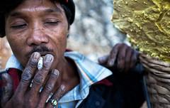 java - ijen (peo pea) Tags: indonesia giava java ijen ritratto portrait portraits ritratti hard work sulfur zolfo mine miners reportage volcano vulcano cratere crater kawol