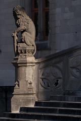 Guard (k335w) Tags: guard brugge provinciaalhof grotemarkt city statue sculpture