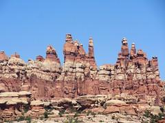 Chesler Park, The Needles, Canyonlands (travelourplanet.com) Tags: canyonlands jeeptrail canyonlandsnationalpark utah theneedles elephanthilltrailhead cheslerpark jointtrail