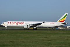 ET-ASK Ethiopian Airlines 777-360/ER Vienna 03/04/2016 (Tu154Dave) Tags: etask ethiopian boeing 777 777300 777360er vienna vie austria airport aircraft landing