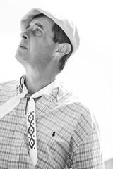 IMG_6780_1 (Alvimann) Tags: alvimann canon canoneos550d canon550d canoneos gente man men people hombre male hombres hat hats sombrero sombreros boina boinas beret blackandwhite black negro white blanco blancoynegro portrait retrato retratos portraits