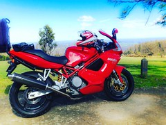 Time to take my baby for a run. #melbourne #visitmelbourne #melbournecity #melbournelife #melbourneiloveyou #ilovemelbourne #rayofmelbourne #melbournelaneways #theaboutblank #ducati #ducatigram #ducatistas #marysville #yea #whittlesea