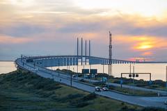 resundsbron at Sunset (Infomastern) Tags: bro bunkeflostrand cloud hav sea sky sunset water malm resundsbron solnedgng bridge