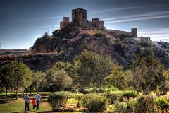 Castillo Alcal de Guadaira - Sevilla (mgarciac1965) Tags: castillo gente parque alcaldeguadaira sevilla andaluca espaa spain turismo nikond5200
