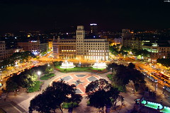 Plaa Catalunya (Luis_nx01) Tags: barcelona street plaza parque noche calle place monumento fuente catalunya nocturno rambla plazacatalunya rememberthatmomentlevel1