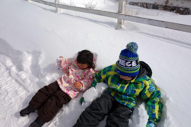 キープファームショップでソリや雪遊びを堪能|キープファームショップ