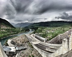 The Spillway of Revelstoke Dam (urbanworkbench) Tags: autostitch lake water river dam engineering hydro columbiariver revelstoke hydroelectric spillway bchydro revelstokedam